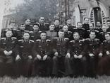 Групповое фото офицеров с перечнем фамилий на обороте, фото №3