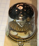 Сувенирный коллекционный наперсток сфикс, пирамиды, бог солнца Атон (фарфор), фото №3