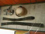 Каска пожарника ссср и 2 пояса и 2 наконечника на рукава, фото №2