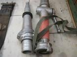 Каска пожарника ссср и 2 пояса и 2 наконечника на рукава, фото №8