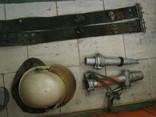 Каска пожарника ссср и 2 пояса и 2 наконечника на рукава, фото №11