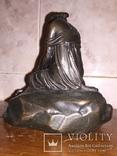 Девушка на камне, фото №7