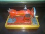Швейная машинка детская СССР, фото №9