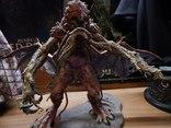 Коллекция  статуй , фигур и макетов  из фильмов-ужасов и фантастики, фото №5
