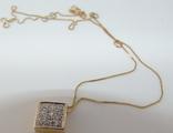 Золотой кулон с бриллиантами на цепочке, фото №2