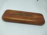 Деревянная коробочка для ручки. Надпись Marlboro, фото №3