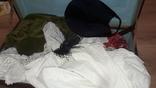 Лот старинной одежды чепчик кружево скатерки и тд, фото №2