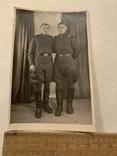 Два солдата в галифе 50х годов подписаная, фото №2