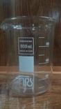 Лабораторный стакан ,градуированый 800мл ГДР(низкий с носиком) термостойкий., фото №2
