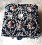 Бархатная шкатулка,вышивка канителью,Индия, фото №2