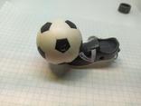 Брелок футбольный бутс с мячом. Свет (9.20), фото №6