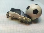 Брелок футбольный бутс с мячом. Свет (9.20), фото №10