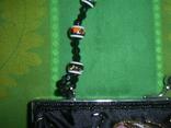 Сумочка атласная расшитая бисером и пайетками и вышивкой, фото №4