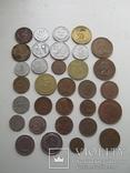 Разные монеты мира 32 шт., фото №2
