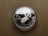 Панда Китай 10 юаней 2020 серебро 999 пробы, фото №3