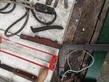 Уборка гаража инструменты СССР топор ножовка ножницы  кипятильник кельма, фото №9