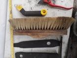 Уборка гаража инструменты рубанок ножницы, фото №9