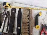 Уборка гаража инструменты рубанок ножницы, фото №11