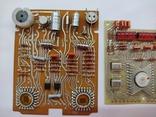 Платы с микросхемами и другими радиодеталями, фото №4