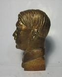 Бюст Адольф Гитлер вар.2, материал бронза и накладки Браунинг 1910. копии, фото №5