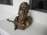 Бюст Горный егерь Вермахт, материал бронза и накладка Маузер 1910. копии, фото №2