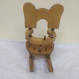 Деревянный стульчик-подставка для бутылки. Высота 27см, фото №9
