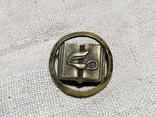Значок с закруткой на кашкет поляцького школярика., фото №3