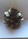 Кедровая шишка из монет, фото №6