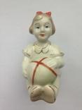 Девочка с мячиком Полонне ЗХК Клеймо 1950 -60 гг, фото №2