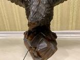 Фигура орла, выполнена из дерева, ручная работа. Размах крыльев 110см., фото №9