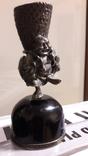 Серябряная фигурка китайского крестьянина закрепленная на черном агате., фото №3