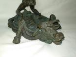 Пепельница бронзовая бык. девушка на быке, фото №3