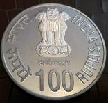 100   рупій  2007  року ІНДІЯ. Не магнітна, точна  копія,  посрібнення 999, фото №4