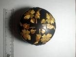 Шкатулка прикрашена візерунком з соломки, фото №2