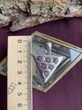 Винтажный серебряный треугольный кулон с рубинами, фото №5