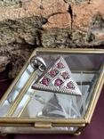 Винтажный серебряный треугольный кулон с рубинами, фото №8
