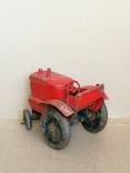 Красный железный трактор СССР, фото №2