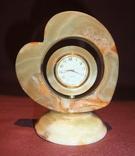 Часы кварцевые в корпусе из камня - оникс., фото №2
