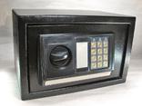 Металлический сейф с электронным кодовым замком, фото №3