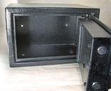 Металлический сейф с электронным кодовым замком, фото №6