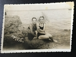 1956 Одесса Девушки с зонтиком Камни, фото №3