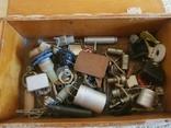 Радиодетали в коробке, фото №2