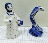 Статуэтки Девушка с корзиной и Кобра, Гжель. Клеймо, фото №3