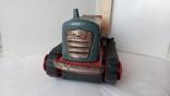 3443 детская игрушка из СССР на батарейке с лампочкой гусеничный трактор, фото №3