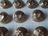 Комплект металлических пуговиц с фрака герб корона. Франция. 10 + 1 шт., фото №4