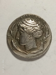 Древняя Греция копия монеты посеребренная г91, фото №2