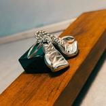 Серебряные боксерские перчатки, фото №3