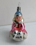 Елочная игрушка Ребенок на санках СССР 1950-ые г., фото №2