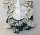 Винтажная фарфоровая кукла на подставке 41 см, фото №5