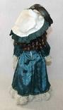 Винтажная фарфоровая кукла на подставке 41 см, фото №9